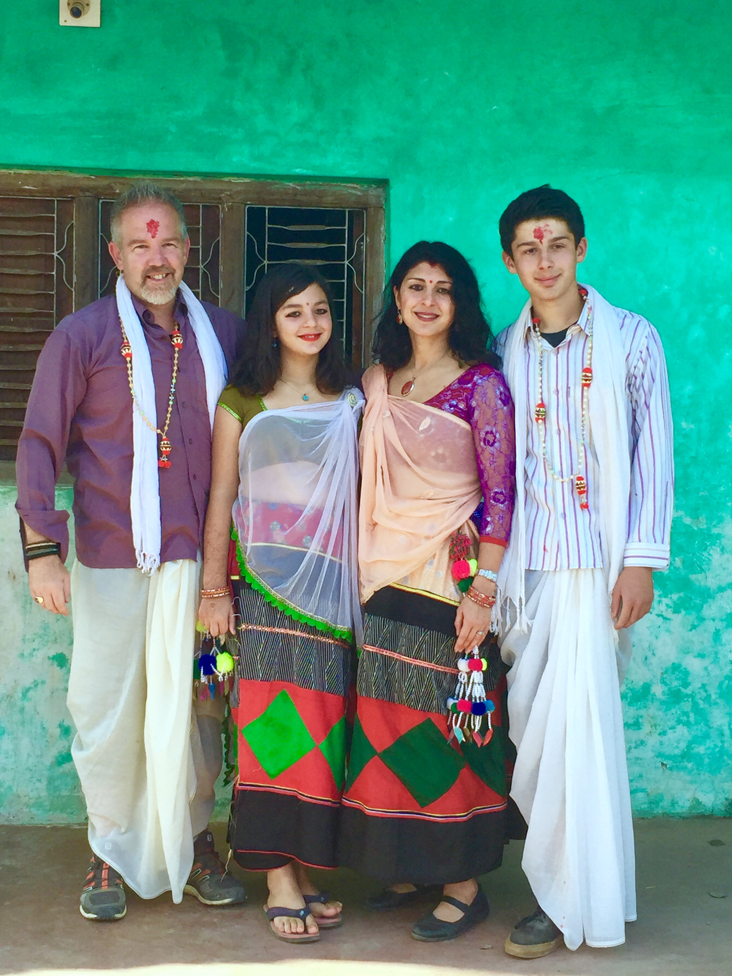 gribben-family-in-nepal