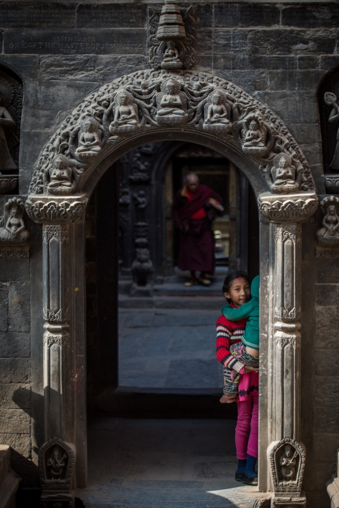 girl-in-temple