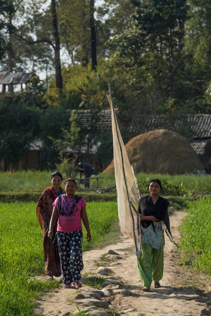 walking-with-fishing-net